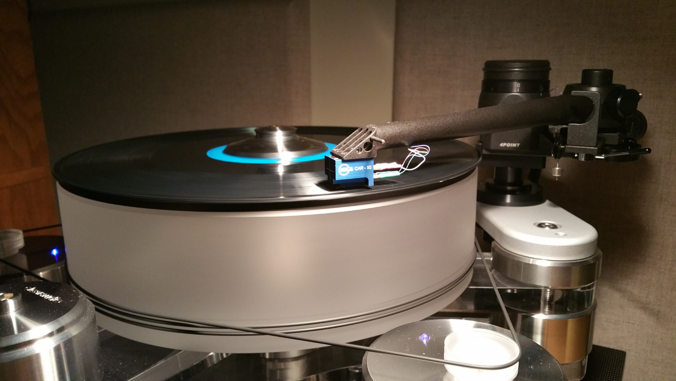 Kuzma 4Point tonearm and CAR-50 cartridge on Clearaudio Master Reference